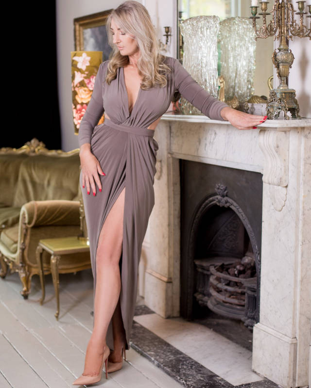 Busty Abigail - English Escort in London